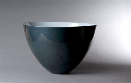 Large mixed porcelain bowl, robbin\'s egg interior dark blue exterior